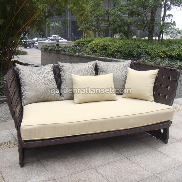 High back rattan lounges sofas high back rattan sofas for Antigua wicker chaise