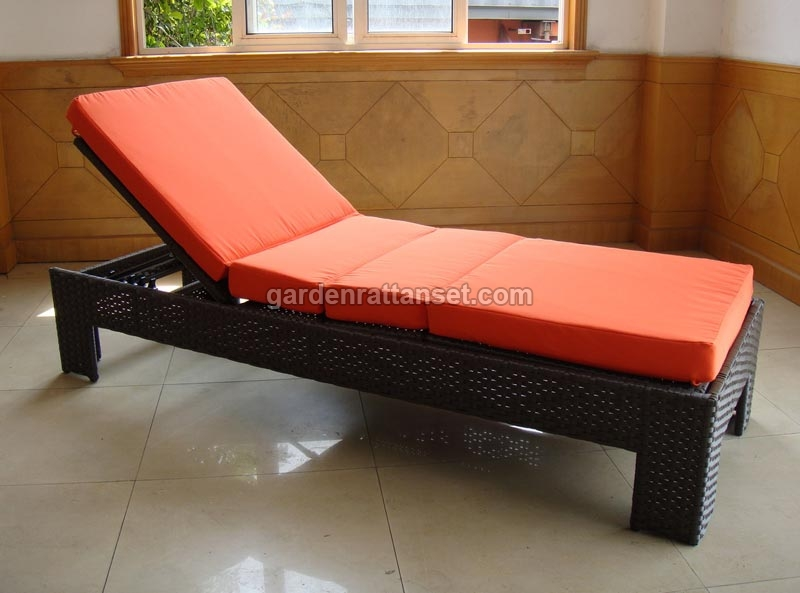 Outdoor reclining chaise lounges reclining outdoor chaise for Big and tall chaise lounge