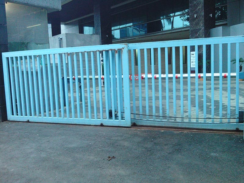 Gate opener motorized gate for Motorized sliding gate systems