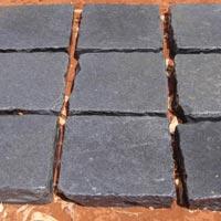 Cobble Hand Cut Limestone