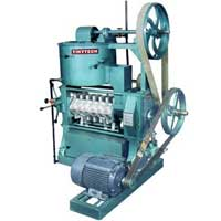 Tiny Oil Mill Machinery Groundnut Decorticator Copra