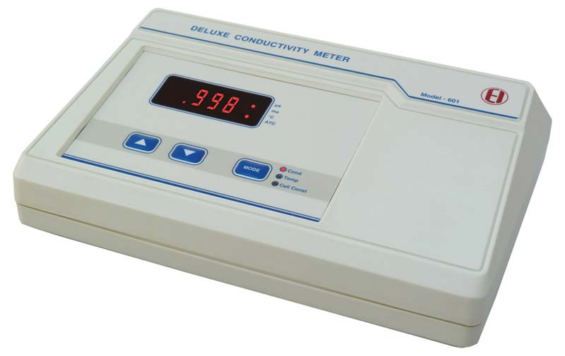 Digital Conductivity Meter : Digital conductivity meter