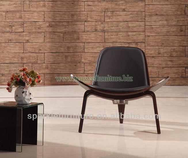Hans Wegner Shell Coffee Chair