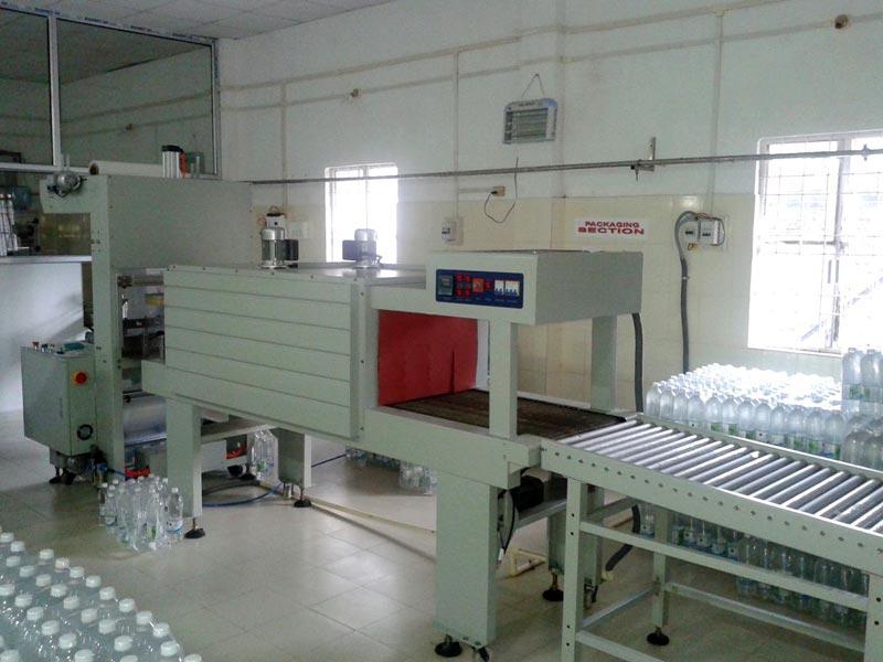 shrink wraping machine