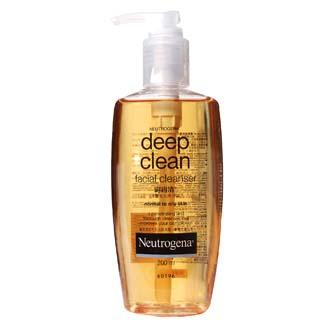 Face Cleanser and Wash 04