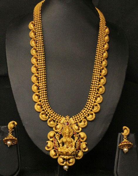 Matte Finish Temple Necklace Set 03