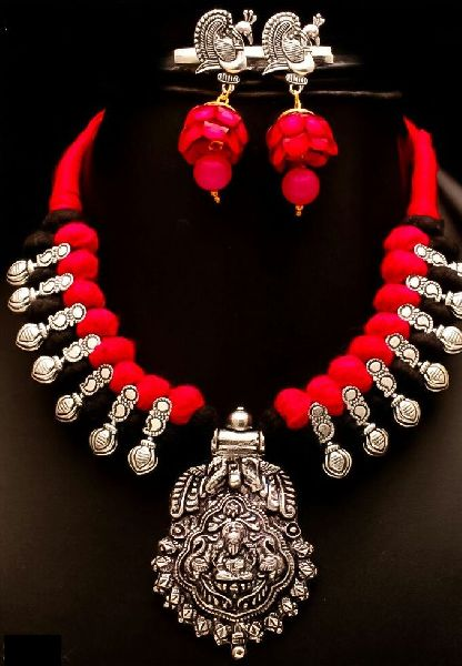 Oxidized Thread Temple Necklace Set 04