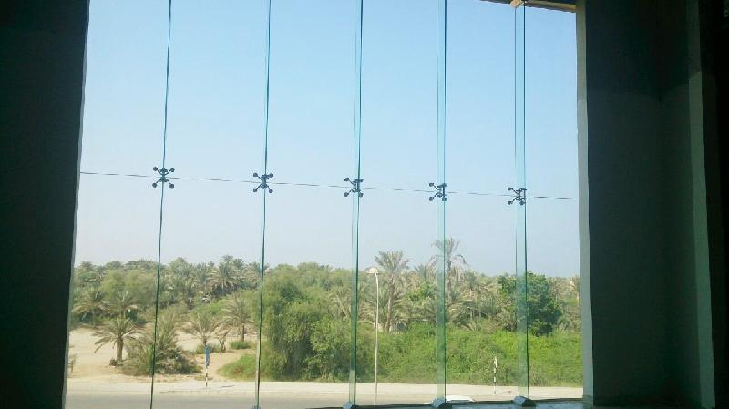 Spider Glass Wall : Frameless spider glass curtain walls exporter supplier in oman