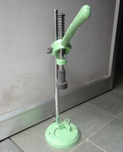 manual ice cream filling machine