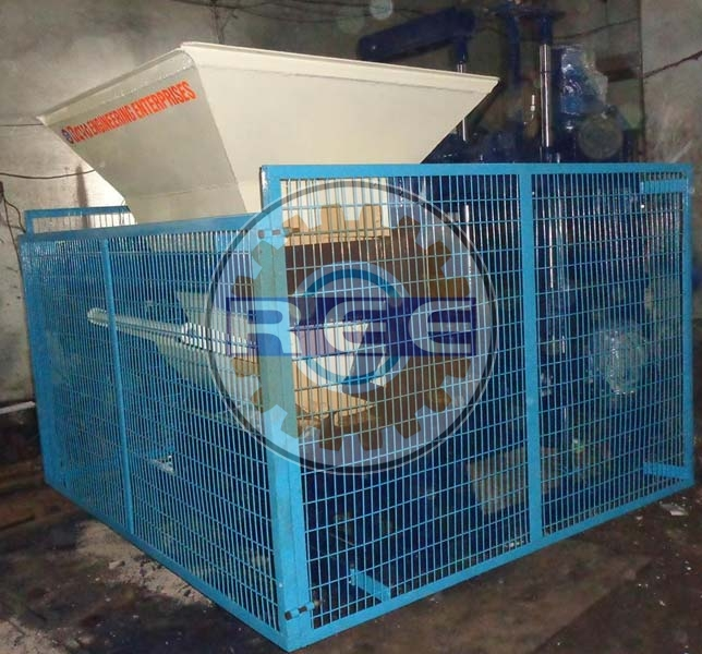 Fully Automatic Egg Laying Block Making Machine (RBME-06)