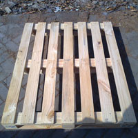 Four Way Pine Wood Pallet 02