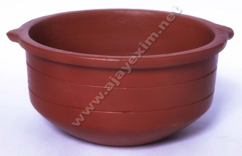 Traditional Earthern Pot