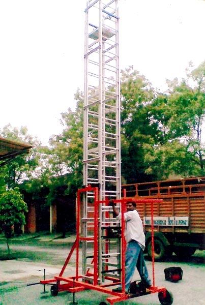 Aluminium Non Tilting Tower Ladder