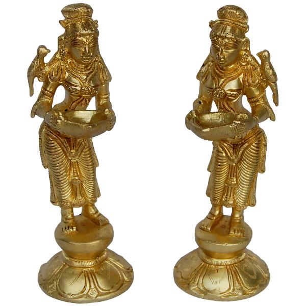 Brass decorative items antique home