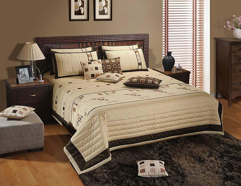 Designer Bed Cover Delhi
