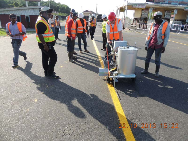 Thermoplastic Hot Applied Road Marking Machine