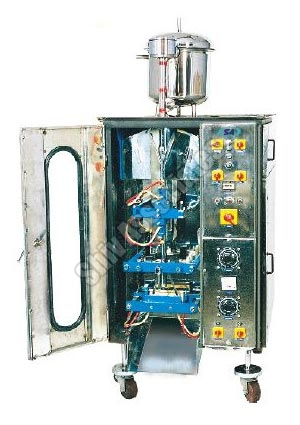 Automatic Liquid Fill & Seal Machine