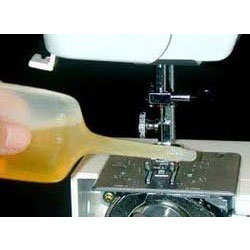 Sewing Machine Oil 01