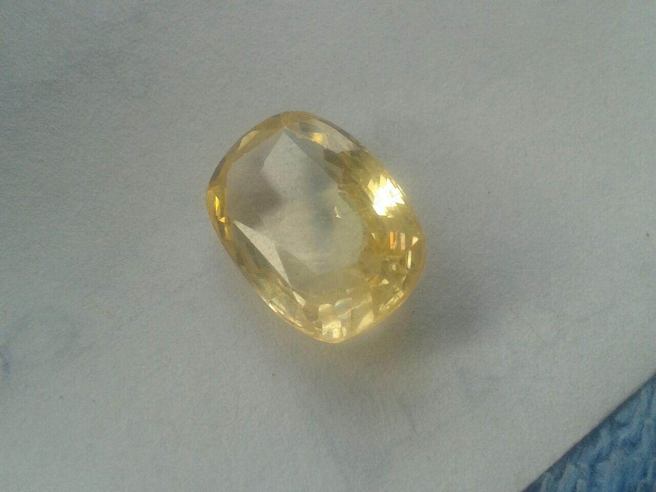 Yellow Sapphire Stone 03
