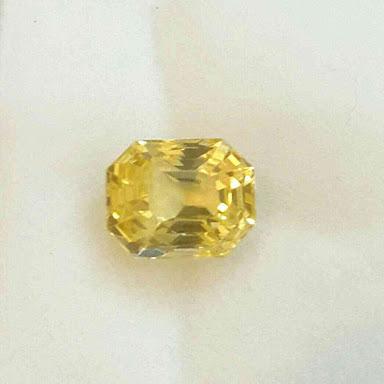 Yellow Sapphire Stone 04