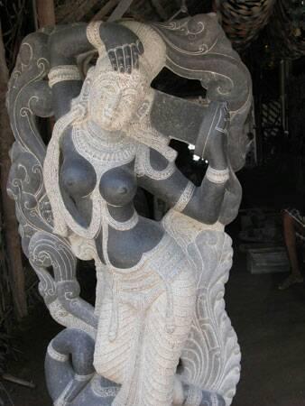 Garden Statue 06