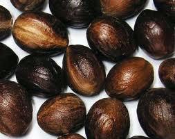Shelled Nutmegs
