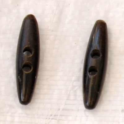Buffalo Horn Button 10