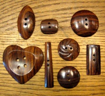 Buffalo Horn Button 12