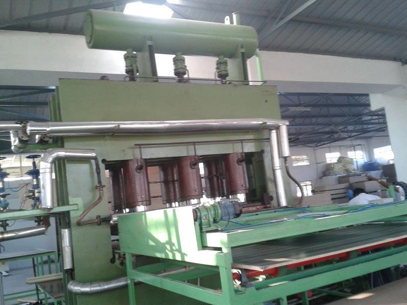 Plywood Hydraulic Press Machine