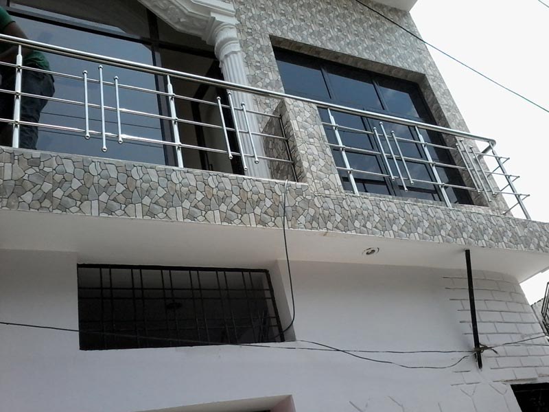 Stainless steel railings stainless steel balcony railing for Stainless steel balcony