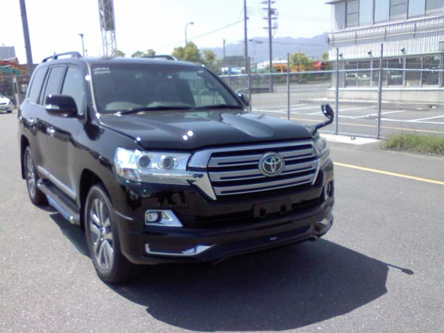 2016 Toyota Landcruiser RHD VDJ200 Car (Black)