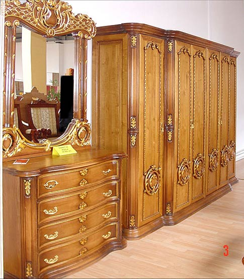 Wooden almirah with dressing table crowdbuild for Pictures of wooden almirahs