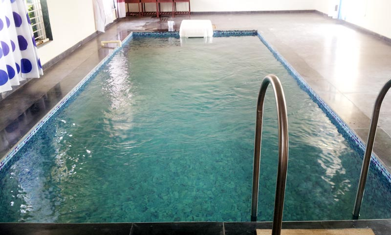 Pipeless Swimming Pool Filtration System