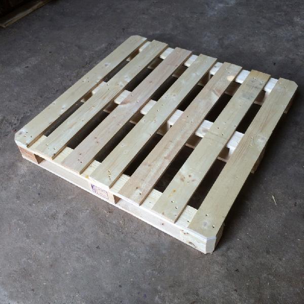 Pine Wood Pallet 03
