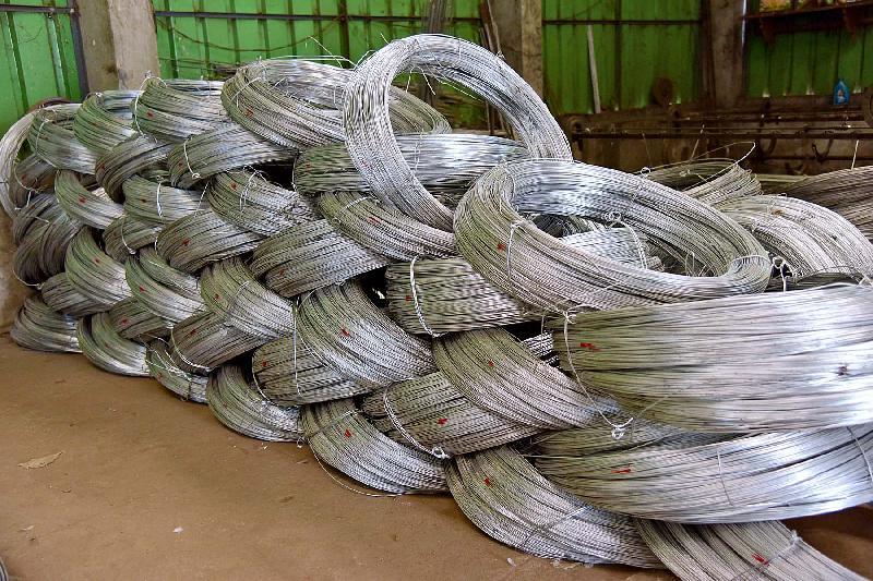 Galvanised Iron Wires 03