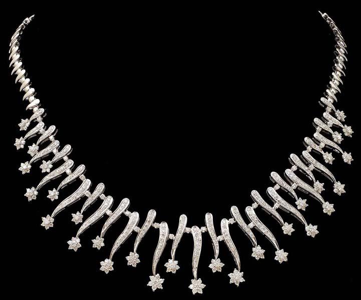 Diamond White Gold Necklace (CWDWGN001)