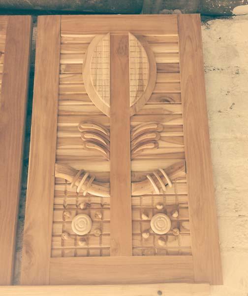 Teak wood doors teak wooden doors suppliers gujarat for Teak wood doors manufacturers