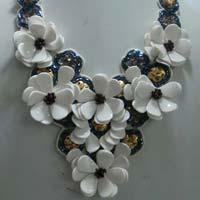 Ladies Fashion Necklace