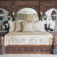 Antique & Vintage Beds