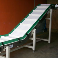 Cleated Loading Conveyor