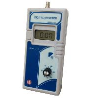 Digital pH Meter - 133, 132 & 131 (Handheld)