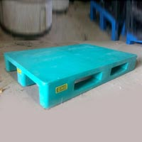Four Way Entry Rackable Pallet