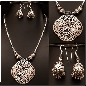 Oxidized Silver Pendant Set