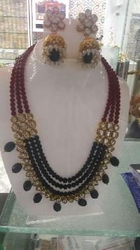 Pearl Necklace Set 01