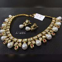 Pearl Necklace Set (JJ-B495)