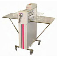 Dough Sheeter With Stainless Steel Tables (LP3000CE)