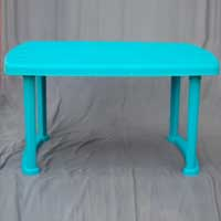 Charles Plastic Table