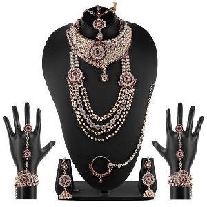 Stone Studded Bridal Jewellery Set