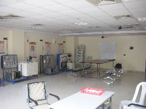 Laboratory Refrigeration & Air Conditioning Equipment