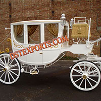 Royal Gold Horse Drawn Carriage